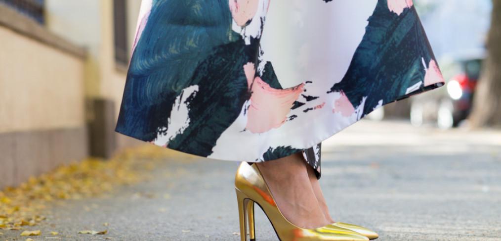 Anthropologie Maxi Skirt, Anthropologie Pintura Maxi Skirt, TY-LR skirt, TY-LR Clothing, Anthropologie 2015 Fall, Anthropologie 2015 Winter, Maxi Skirt for Fall, Maxi Skirt Style, J.Crew Factory 2015 Winter, J.Crew Pine Sweater, FACTORY TEXTURED CURVED-HEM SWEATER, J.Crew Factory Deep Forest Sweater, Zara gold heels, Zara gold stilettos, Gold heels