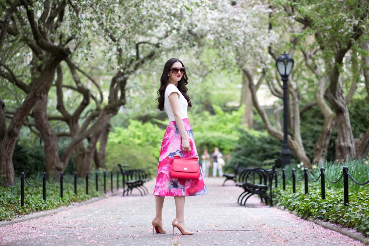 Floral & Hibiscus - Dressed Up Deniz